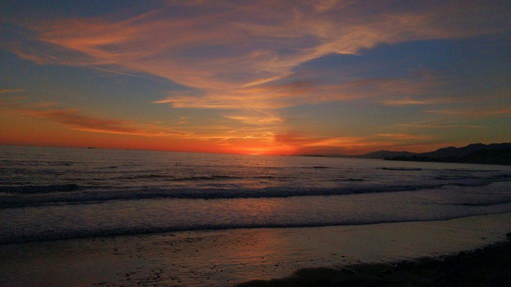 tiny travel chick things to do in california la conchita beach sunset