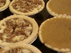 tiny travel chick new orleans tee evas mini pies
