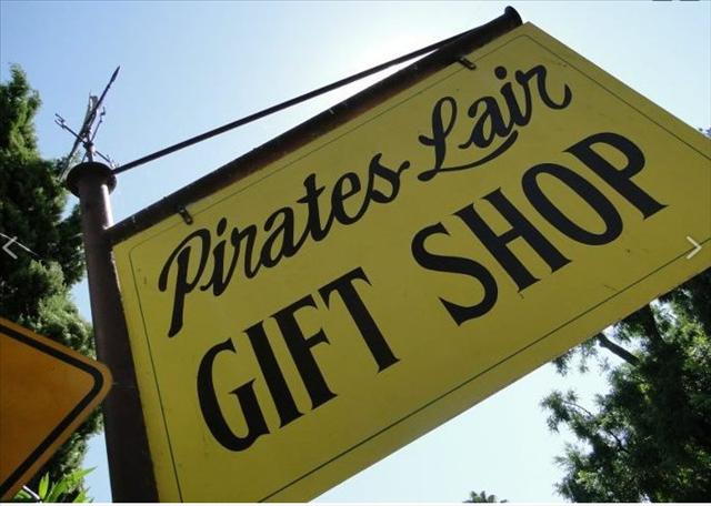 tiny travel chick fun travel delta bay pirates lair gift shop