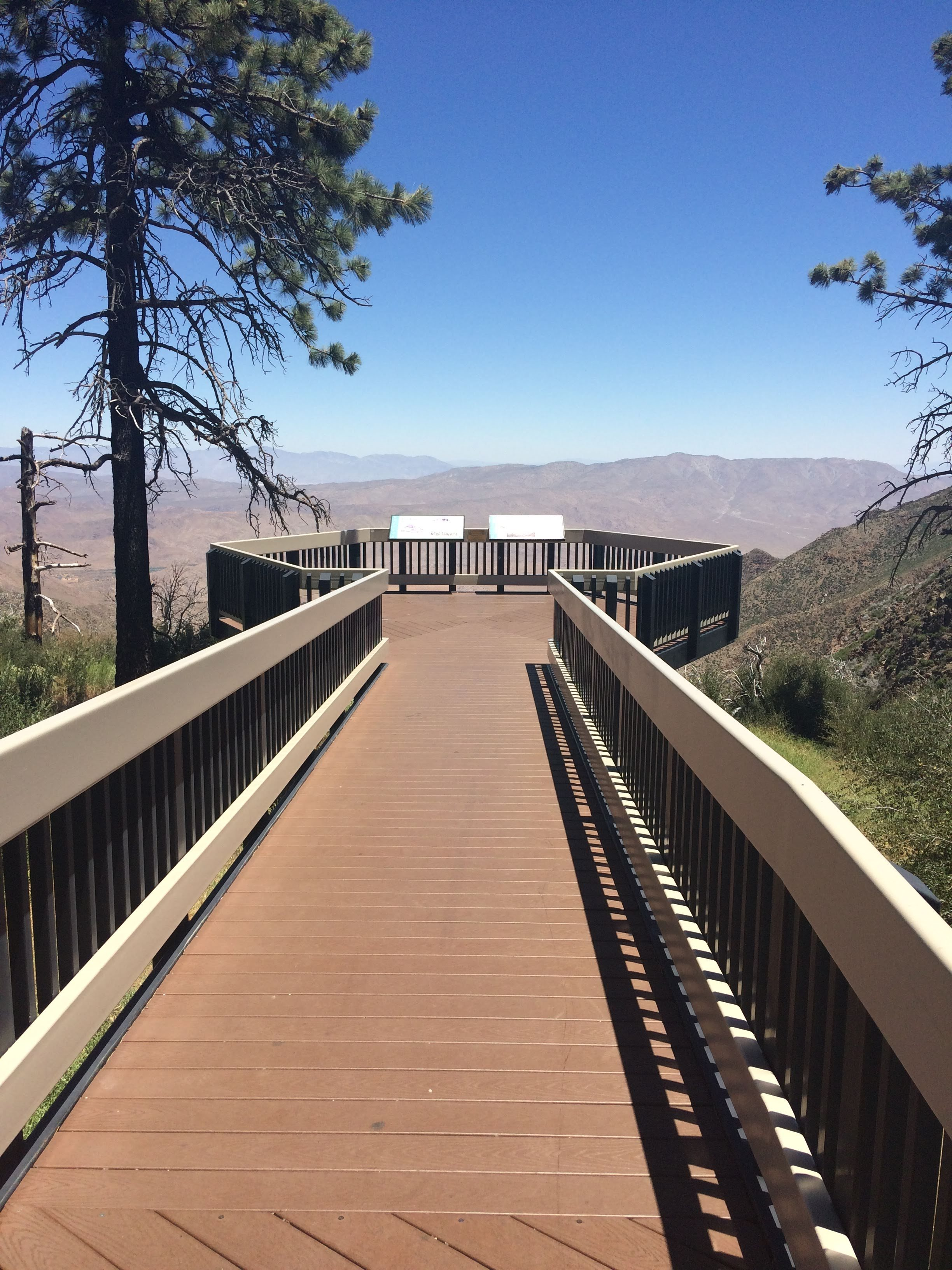tiny travel chick unique things to do in southern california pacific crest trail view