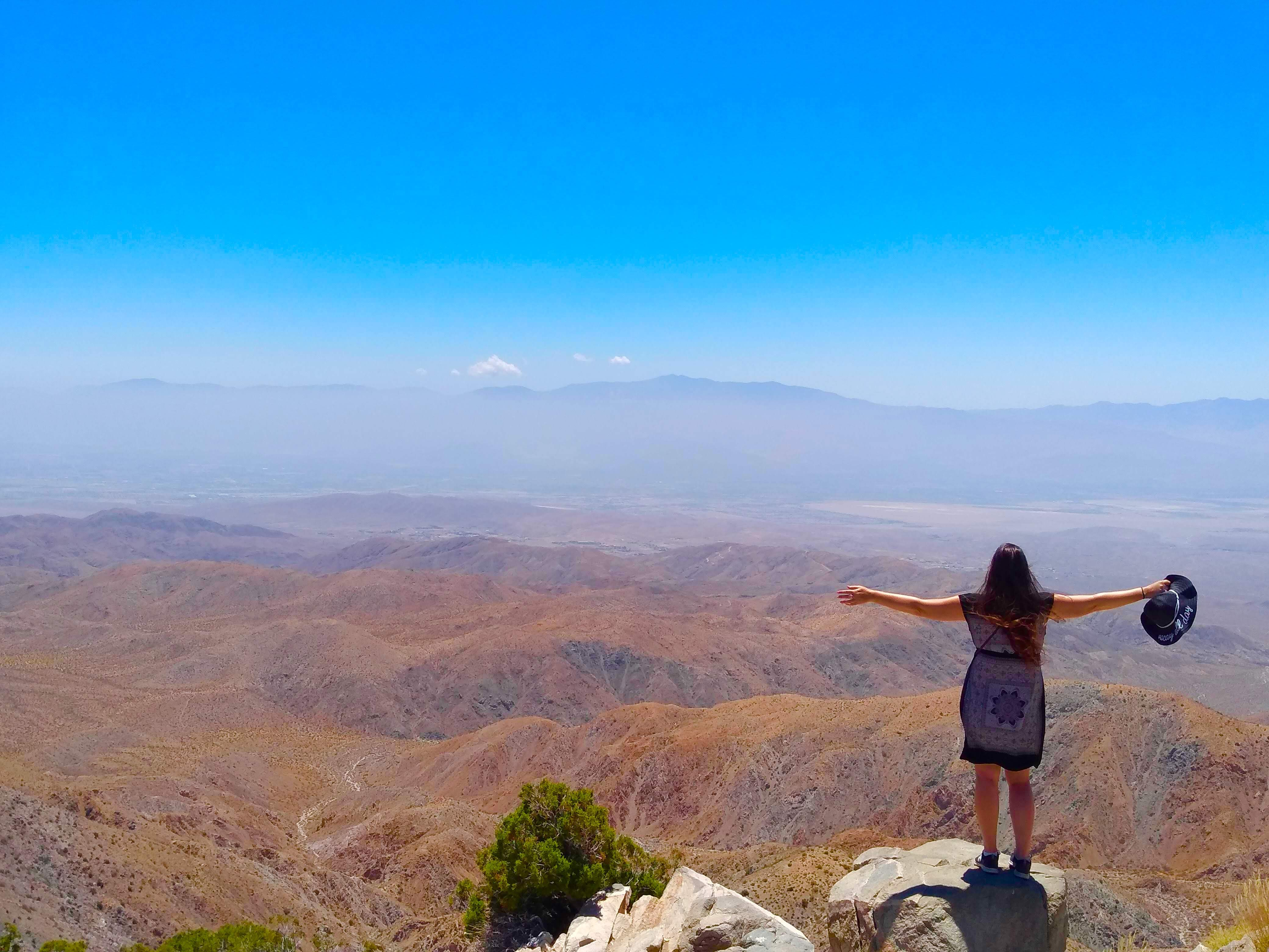 tiny travel chick unique things to do in southern california joshua tree keys view