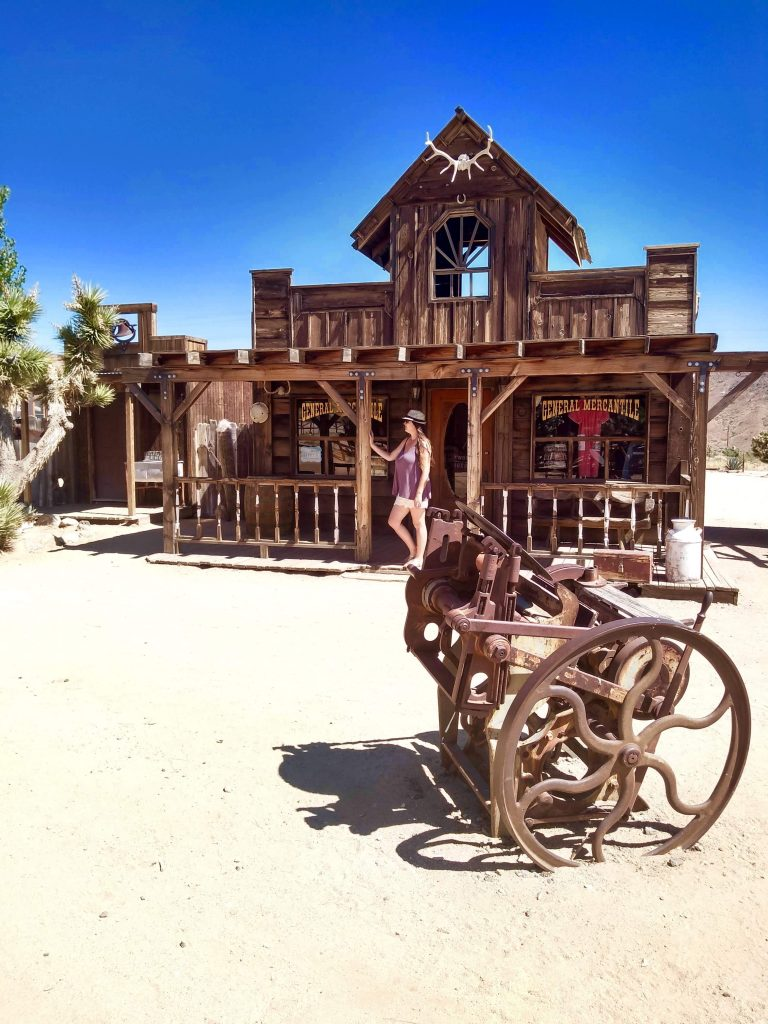 tiny travel chick unique things to do in southern california pioneer town movieset