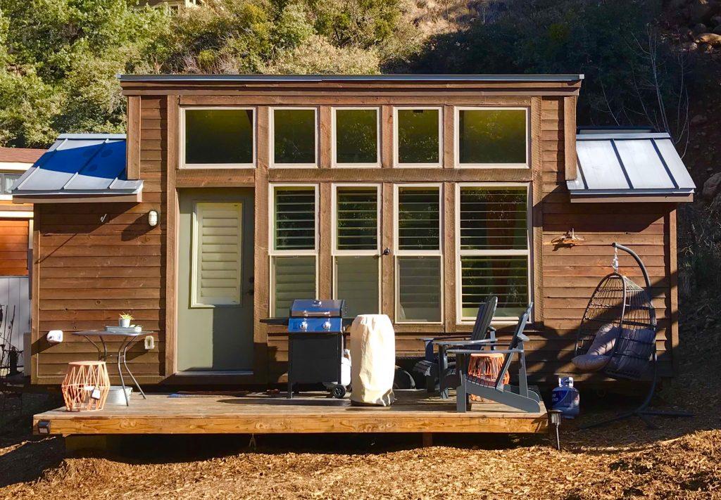 tiny travel chick tiny house arizona aspire