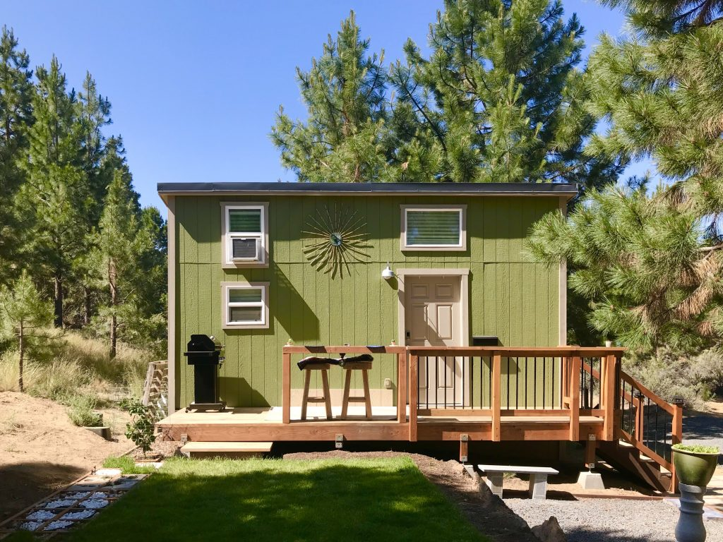 A Tiny House Airbnb for Nature Lovers in the Heart of Oregon!
