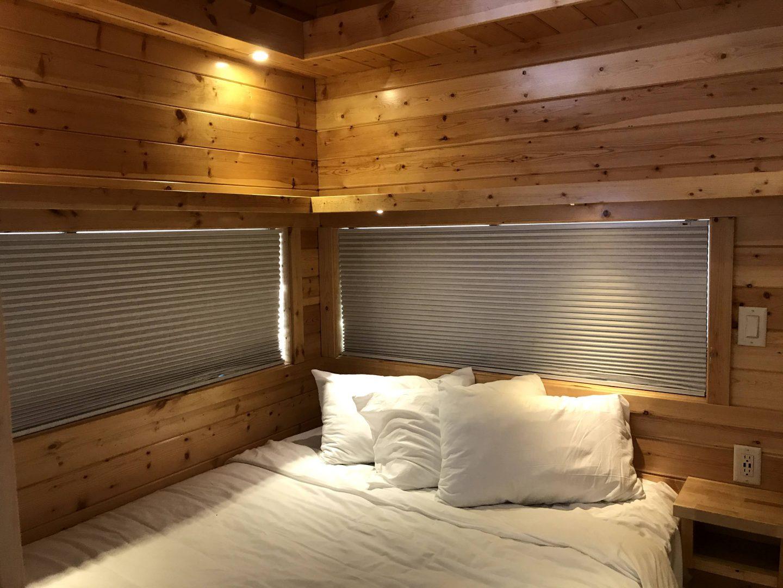 tiny travel chick glamp tiny house bedroom